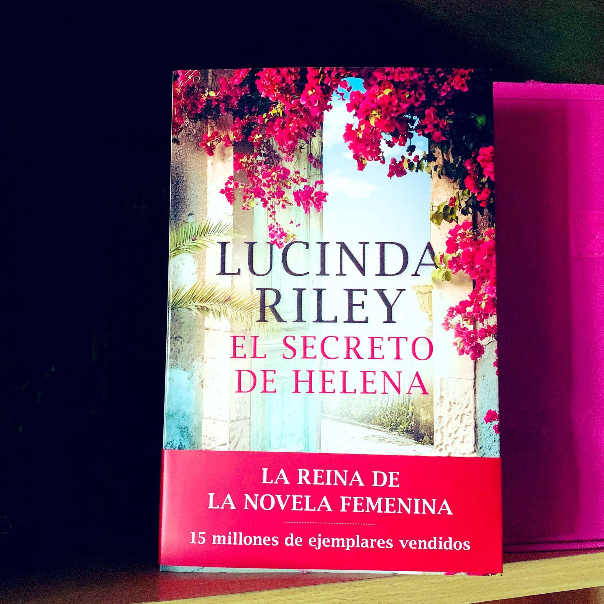 """El secreto de Helena"": Una novela que te hará disfrutar - FANFAN"