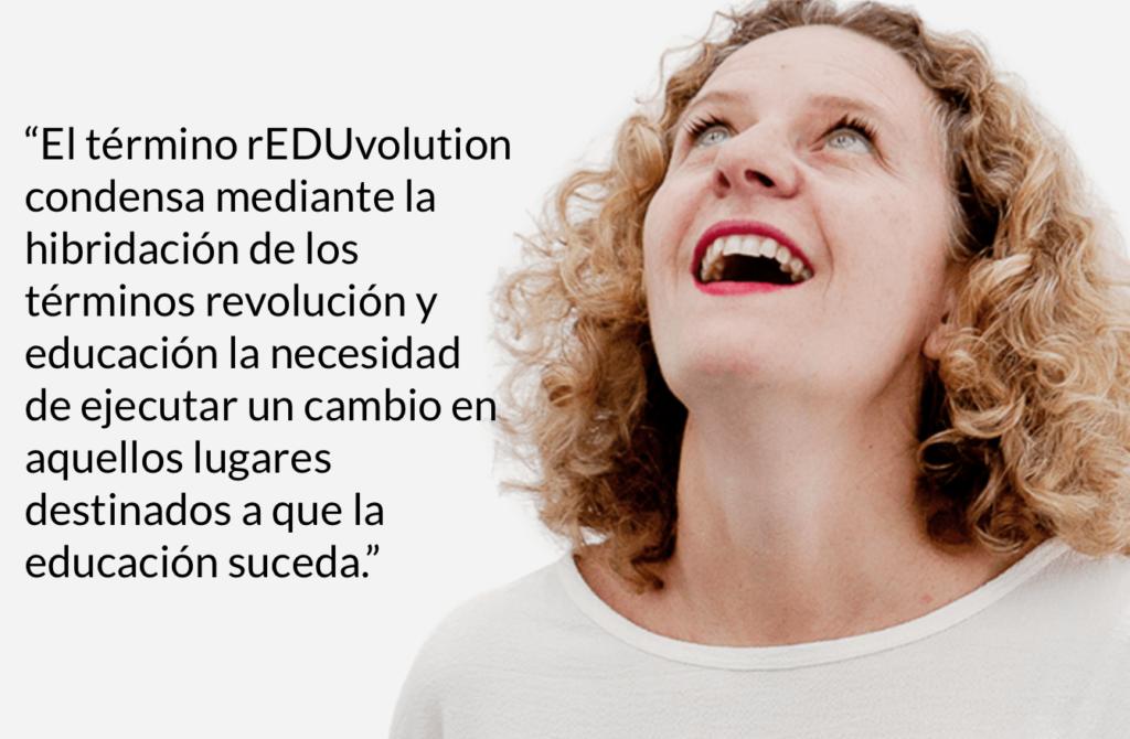 María Acaso co-autora del libro rEDUvolution con el significado del término