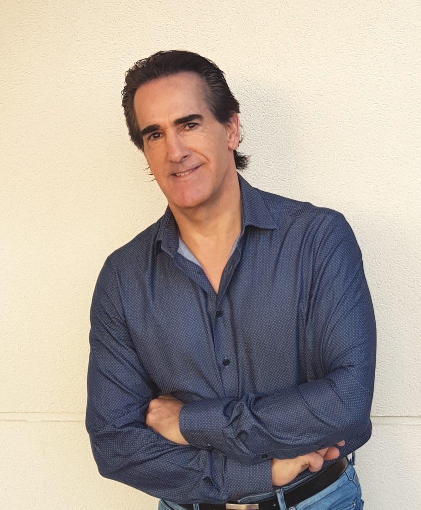 Javier Iriondo, autor de La vida te está esperando, Dónde tus sueños te lleven