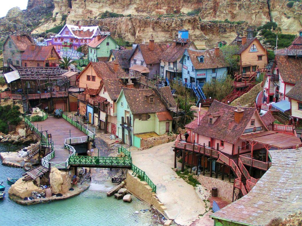 Esta imagen simula Beaumont, el pueblo donde sucede la novela La vida secreta de los escritores
