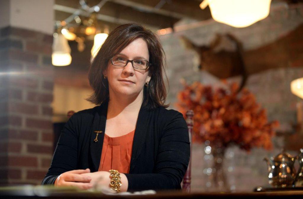 Jennifer Robson , autora de El vestido
