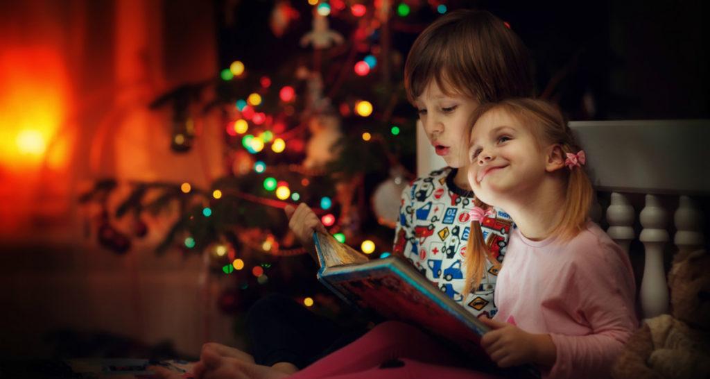 Los niños también disfrutando de Cuentos de navidad en Islandia