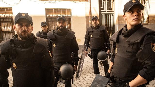 Antidisturbios. Raúl Arévalo