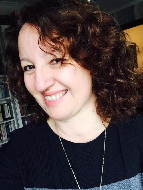 """Teresa Cameselle, autora de """"Como el viento de otoño"""""""
