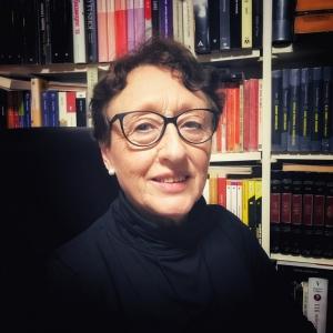 La escritora Elvira Menéndez ha escrito una novela biográfica de aventuras.