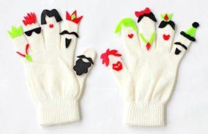 marionetas de fieltro con guantes