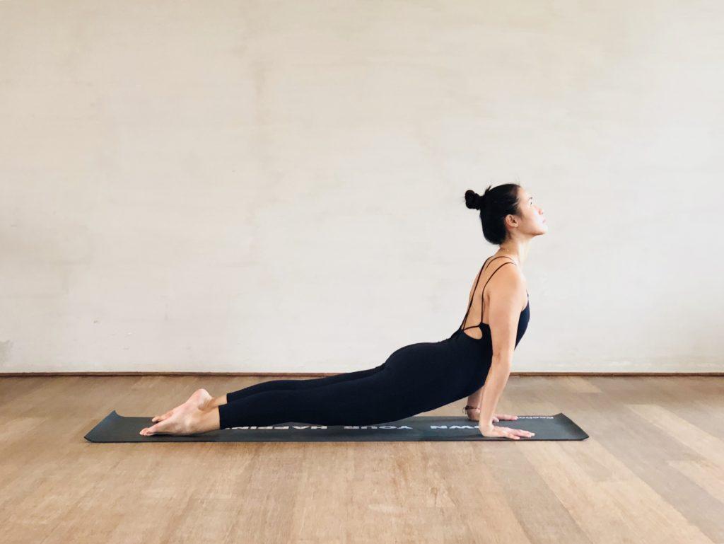 Xuan Lan practicando yoga, foto extraída de su web