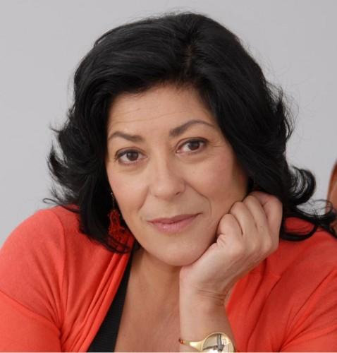La conocida escritora Almudena Grandes, protagonista del podcast Ficcion Sonora.