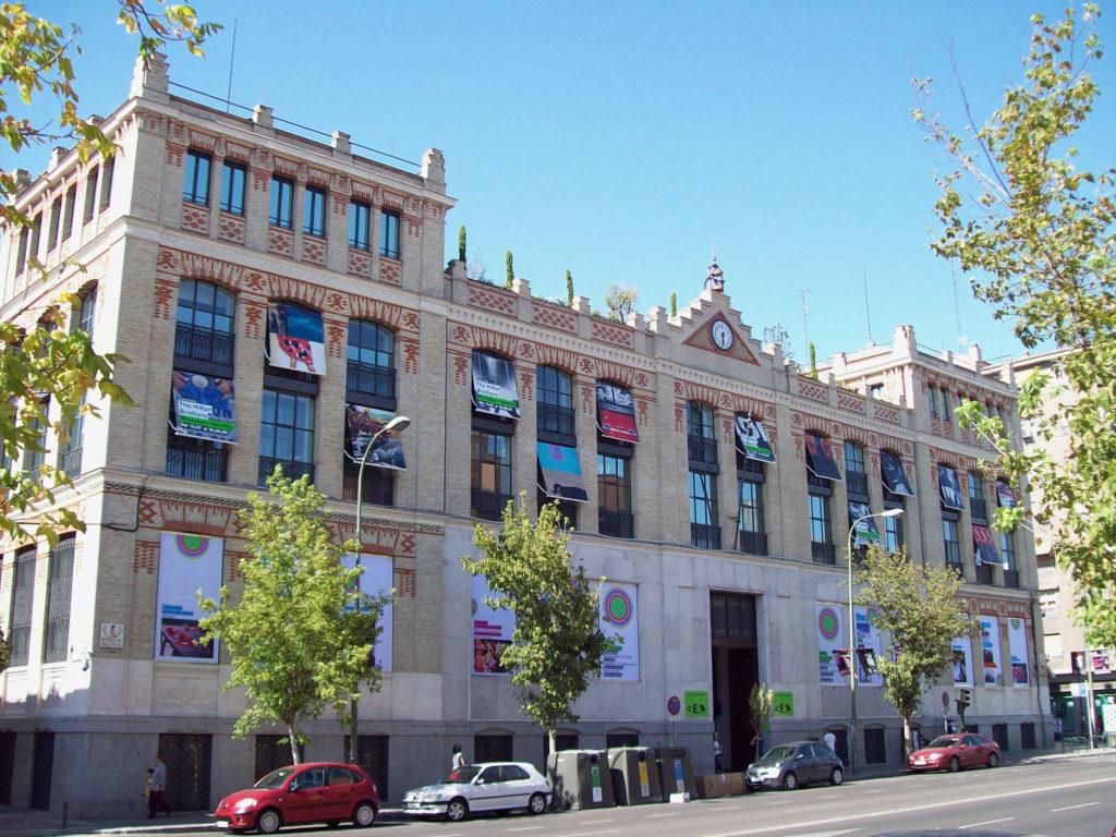 Fachada de La Casa Encendida, en el Centro de Madrid.
