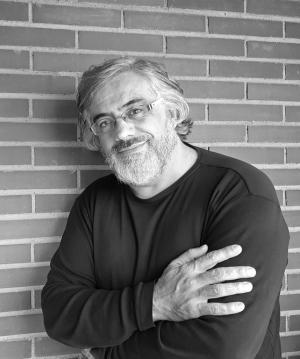 foto de archivo de Félix G. Modroño, autor de La ciudad del alma dormida