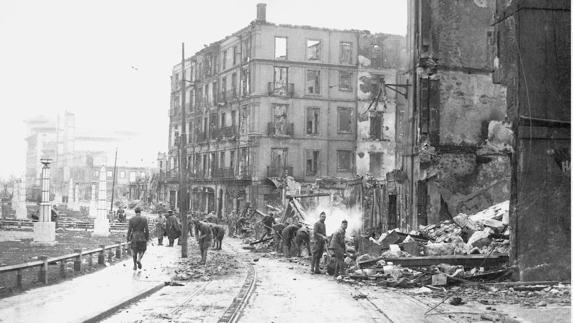 Foto de archivo de Bilbao el periodo de la guerra civil