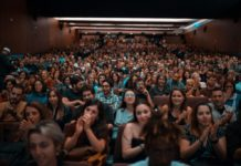 Desde la pantalla al público