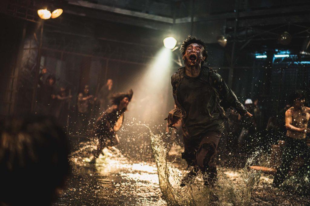 El éxito de Peninsula augura un buen futuro al cine tradicional. Fotograma de la película.