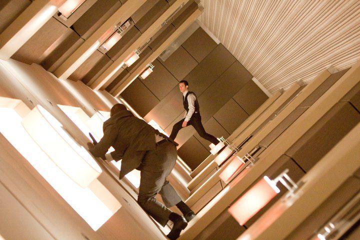 Pelea entre la pared y el techo, Origen