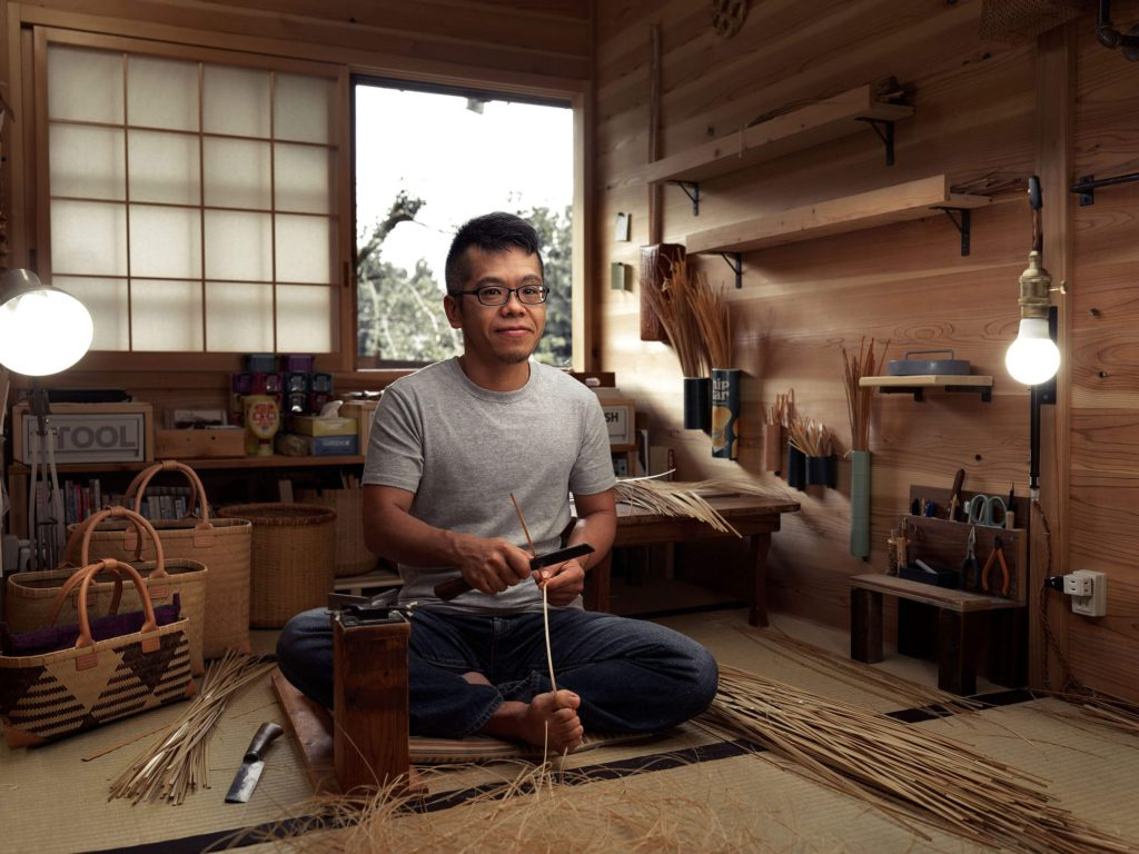 Gen started his own company, Gentake, where he creates hand-woven baskets and bags from bamboo. He lives in an isolated traditional house inside a mountain forest near Hamamatsu.