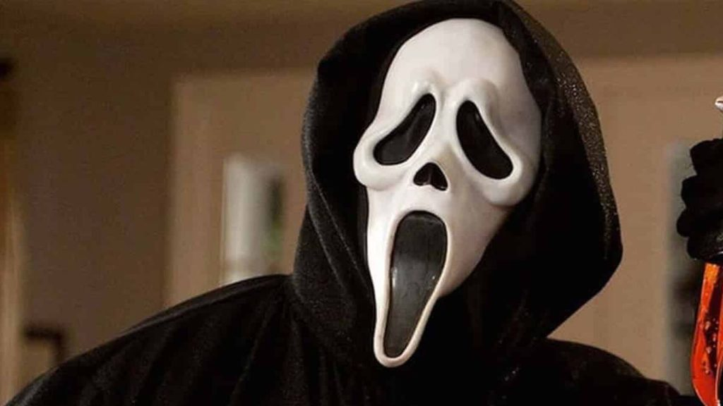 La máscara de Ghostface típica de Scream