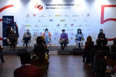 Las participantes apuestan por aprovechar la alta disponibilidad y diversidad que ofrece la cultura digital para revisar los cánones tradicionales