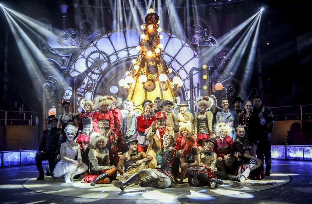 La compañía madrileña Perfordance, artistas de circo, bailarines y un brillante equipo creativo montan el espectáculo Circo Price en Navidad: El retorno de Cometa