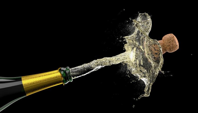 Cómo descorchar el champagne para el brindis perfecto