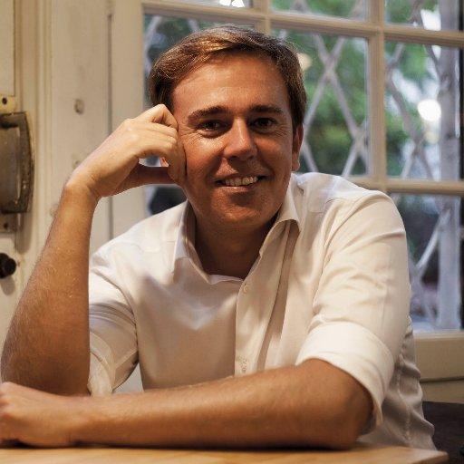Foto de Fernando García Ballesteros, autor de 'Muerte en el laberinto' y El crimen del Liceo
