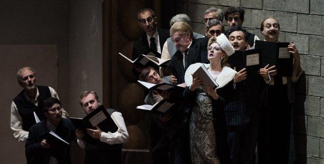 Viva la mamma es una coproducción con la Opéra National de Lyon y el Grand Théâtre de Ginebra