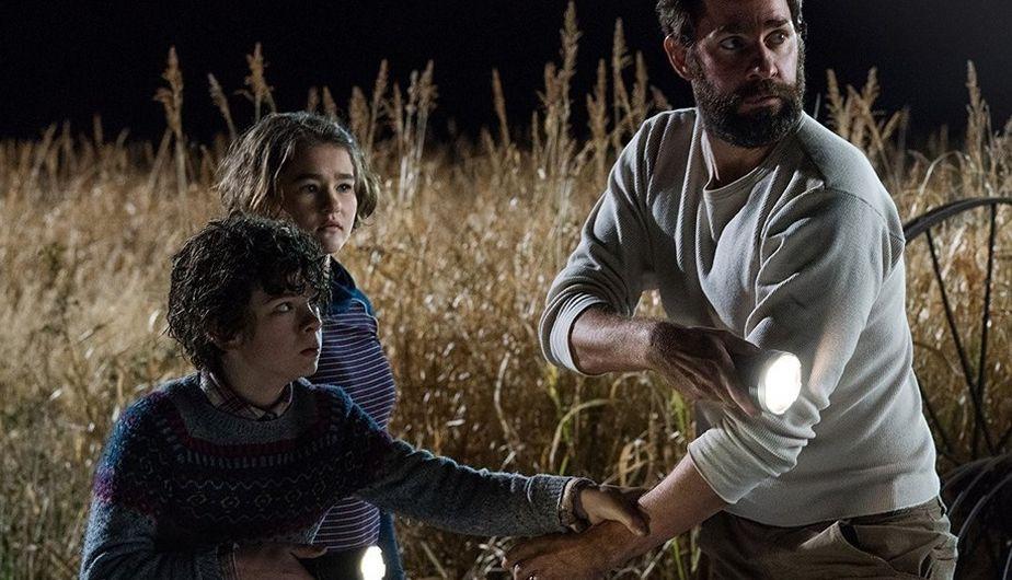 Un  padre protege a sus hijos, Marcus y Regan con Lee