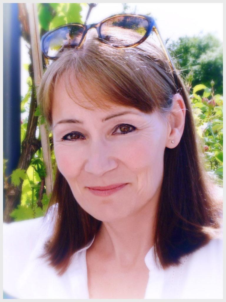 Foto de Fiona Valpy, autora de El regalo de la modista