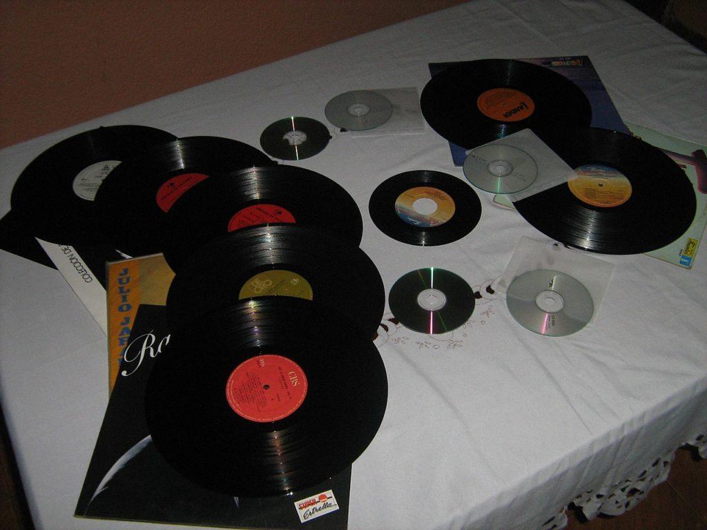 Discos de vinilo y CDs @Elberth