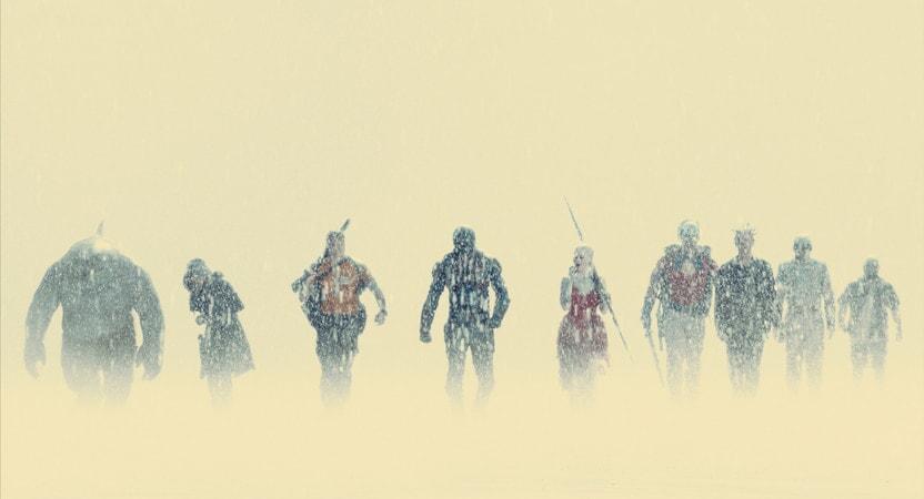 Nuestros anti héroes llegando bajo la lluvia al lugar que han  de destruir, Jotunheim (¿ El escuadrón suicida hace un guiño a Marvel o a la mitología nórdica?)